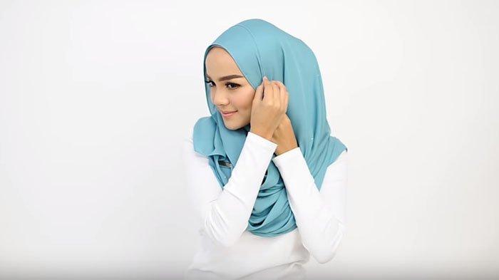 Tutorial Hijab Pashmina Dengan 2 Cara Mudah Bisa Untuk Segala Acara Resmi Atau Non Formal Tribunstyle Com