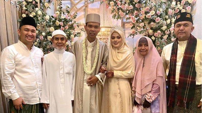Ustaz Abdul Somad (UAS) resmi menikah dengan Fatimah Az Zahra Salim Barabud pada Rabu (28/4/2021).