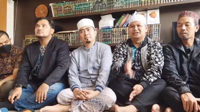 Ustaz Solmed sepakat berdamai dengan panitia pengajian di Cisewu, Jawa Barat.