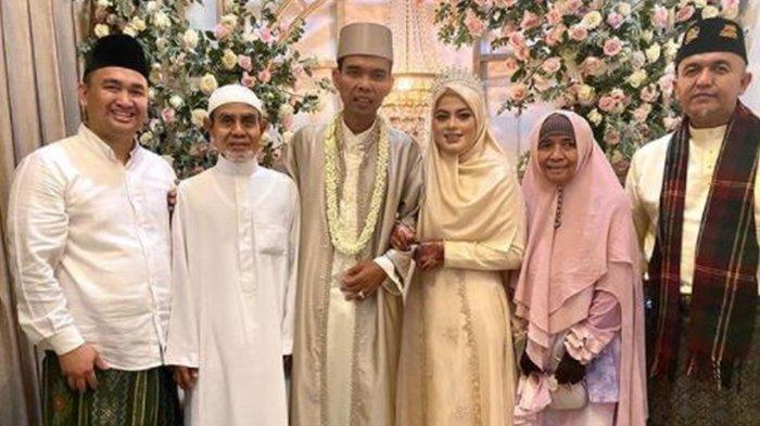 PENAMPILAN Baru Fatimah Az Zahra Setelah Seminggu Dinikahi UAS, Dirangkul Mesra Ustaz Abdul Somad