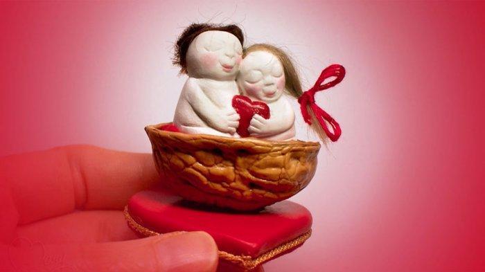 VALENTINE DAY Hari Ini Kamis 14 Februari 2019, Daftar Ucapan Romantis Berbahasa Inggris & Artinya