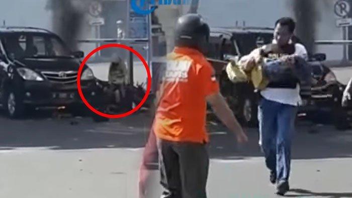 Ditolong Polisi Usai Bom Bunuh Diri Orangtuanya, 3 Huruf di Celana Dalam Bocah Ini Jadi Petunjuk!