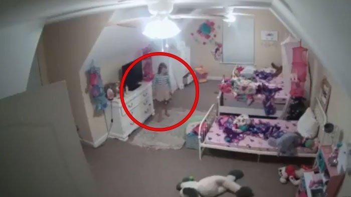 Video Pria Pedofil Retas CCTV di Kamar Bocah 8 Tahun dan Sempat Menyamar Jadi Sinterklas Viral