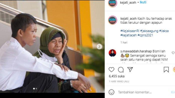 Viral ibu di Aceh temani anaknya tes CPNS