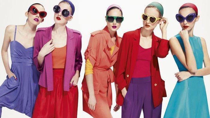 10 Kombinasi Warna Pakaian Ini Bikin Penampilanmu Terlihat Sempurna, Warna Pastel hingga Abu-abu