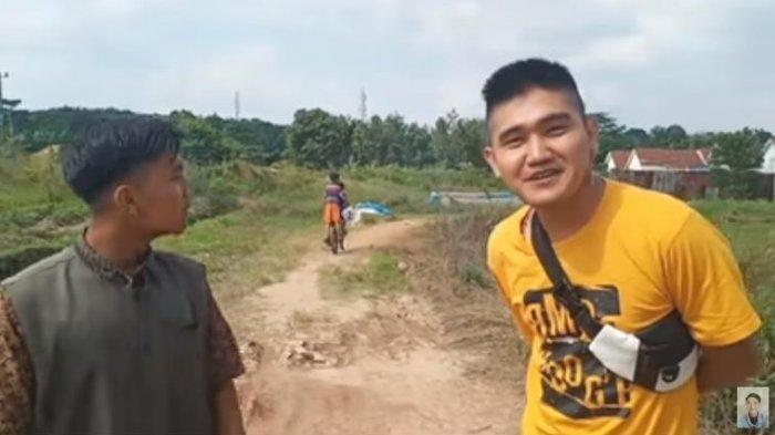 Sosok dan Wajah Edo Putra, YouTuber yang Tiru Aksi Ferdian Paleka Bagi Daging Kurban Isi Sampah
