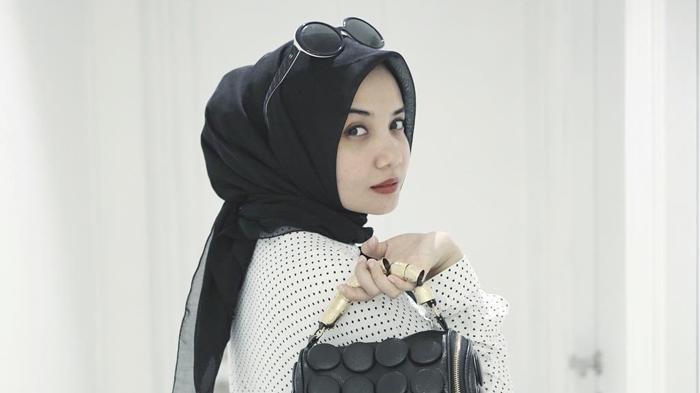 Instagram Zaskia Sungkar - Netizen Tanyakan Ini, Istri Irwansyah: Dilihat Dulu, Jangan Jadi Fitnah!
