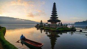 Heboh Kristen Gray Ajak Bule Ramai-Ramai Tinggal di Bali ...