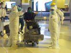 86-warga-jabar-yang-pulang-dari-arab-saudi-di-bandara-soekarno-hatta.jpg