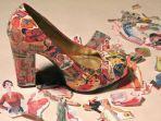 cara-makeover-sepatu-pakai-buku-dan-majalah-bekas-lihat-hasilnya-makin-elegan-dan-kece.jpg