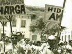demonsrasi-besar-besaran-di-tahun-1965.jpg