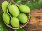 green-mango.jpg