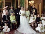 istana-merilis-foto-resmi-pernikahan-pangeran-harry-dan-meghan-markle_20180522_105801.jpg