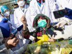 kalutnya-perawatan-pasien-virus-corona-di-china-seorang-kakek-baru-dapat-kasur-3-jam-sebelum-tewas.jpg