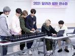 Ketika ARMY Menjelma Jadi Mesin Pencari Pribadi Para Member BTS, Gantikan Peran Google