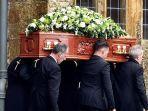 kisah-menggelitik-saat-pemakaman.jpg