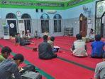 lailatul-qadar-dengan-itikaf-di-masjid.jpg