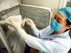 lihat-kulkas-penyimpan-1500-virus-termasuk-corona-di-lab-virus-wuhan-jadi-dugaan-penyebar-wabah.jpg