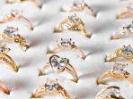 membersihakn-perhiasan-emas.jpg