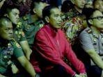 panglima-tni-gatot-nurmantyo-bersama-presiden-joko-widodo-menonton-film_20171003_165906.jpg