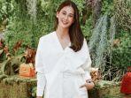 paula-verhoeven-istri-baim-wong-beberkan-tak-jadi-juri-indonesias-next-top-model-2021.jpg