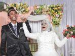 pernikahan-mbah-gambreng-dengan-ardi-waras-heboh.jpg