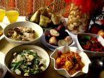 sajian-menu-makanan-di-hari-lebaran_20170625_081948.jpg