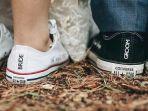 sepatu-converse-untuk-menikah.jpg