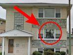 sosok-hitam-misterius-tertangkap-kamera-google-street-view.jpg