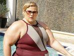 take-foto-bikini-di-hotel-blogger-ini-ditegur-security-agar-menutupi-responnya-cerdas_20180413_162127.jpg