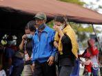 tangis-keluarga-korban-tragedi-sriwijaya-air-sj-182.jpg