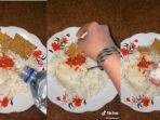 viral-makan-nasi-dicampur-air-putih.jpg