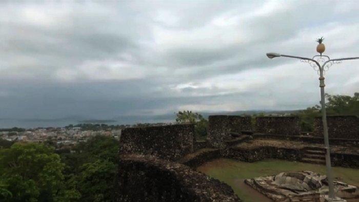 Benteng Keraton Buton Lokasi Ngabuburit Favorit di Baubau, Disiapkan Takjil Buka Puasa