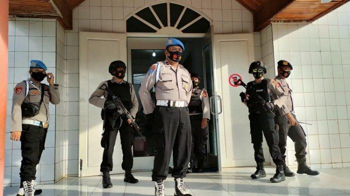 Pengamanan Jumat Agung di Gereja, Polres Baubau Lakukan Sterilisasi, Cegah Aksi Terorisme