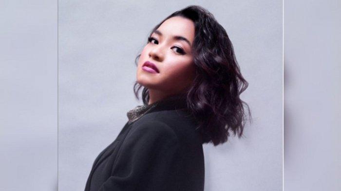 Waode Heni, dari Lomba Karaoke Tingkat Kelurahan Baubau Menuju Idola Indonesia