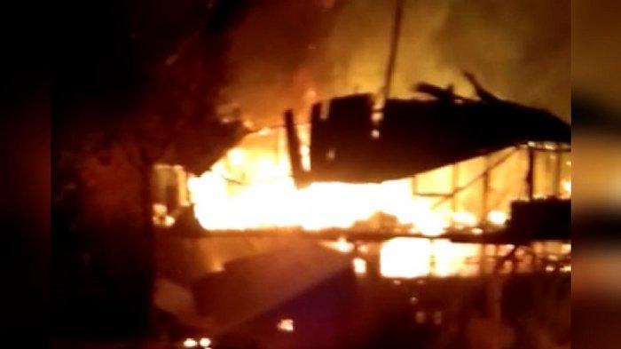 Ada Apa Kebakaran Kerap Landa Kawasan Ruko Tua di Kota Lama Kendari Tak Jauh Jembatan Teluk Kendari?