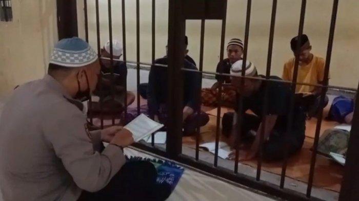 Sosok Aipda Ismail Tamrin, Polisi di Kolaka Utara, Ajar Tahanan Baca Alquran di Balik Jeruji Besi