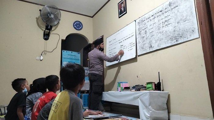Aipda Madukala Kundoro, Pengajar Anak Jalanan Digelari Polisi Teladan Sulawesi Tenggara