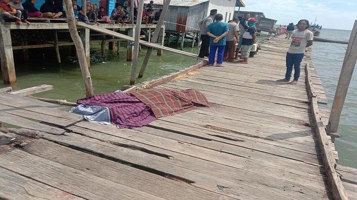 Akibat tak terima alat vital berubah usai dipijat, lelaki asal Kabupaten Kolaka, Provinsi Sulawesi Tenggara (Sultra) nekat aniaya kakek tukang urut hingga tewas.