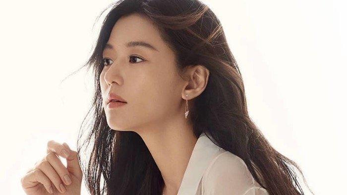 Aktris Korea dengan bayarn termahal, Jun Ji Hyun.