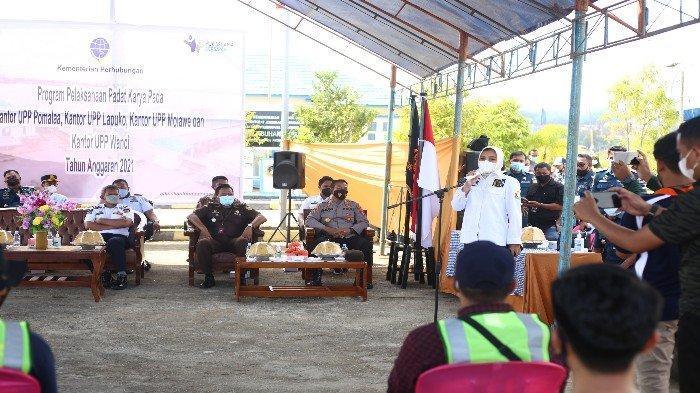 Anggota DPD RI Wa Ode Rabia: Program Padat Karya Kemenhub di Sultra Bantu Warga Terimbas Covid-19