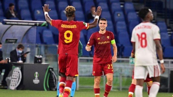 Tammy Abraham mencetak gol dalam pertandingan AS Roma vs CSKA Sofia di ajang Liga Konferensi Eropa, Jumat (17/9/2021).