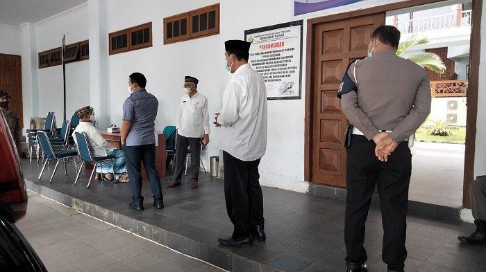 Direktur Bank Sultra dan Kadis Dikbud Melayat di Rujab Gubernur Sultra Sehari Usai Agista Meninggal