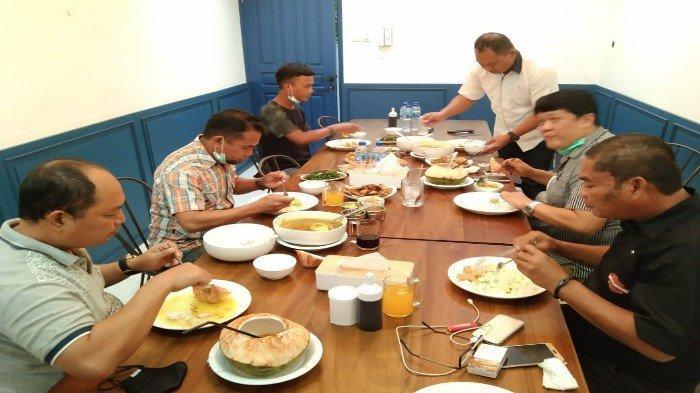 Beredar Foto Ayah Yusuf Kardawi Makan dengan Dirintelkam Polda Sultra Jelang Peringatan 26 September