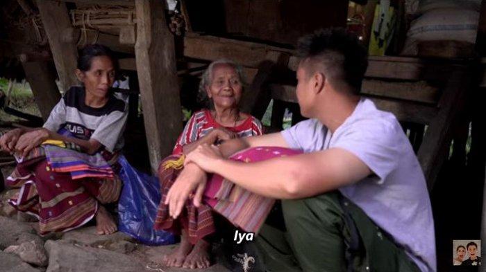 Momen Baim Wong Berbagi di Desa Misterius, dari Peristiwa Ajaib hingga Borong Sarung Emak-emak