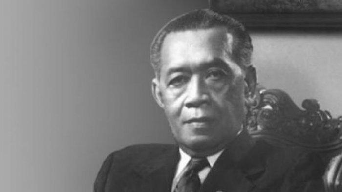 Sri Sultan Hamengkubuwono IX yang dikenal sebagai Bapak Pramuka Indonesia.