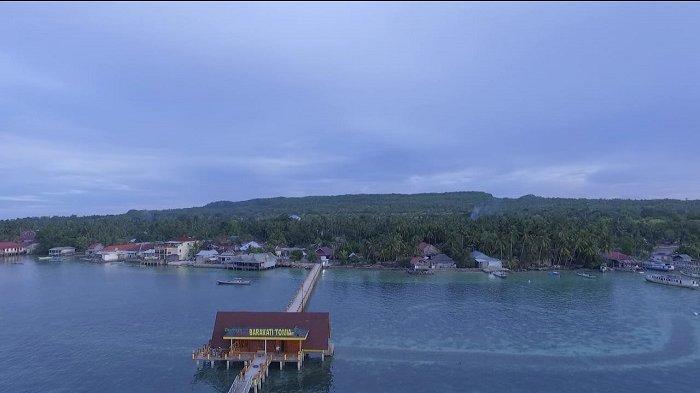 Kunjungi Demaga Wakatobi Barakati Tomia pilihan tempat ngabuburit favorit dengan suguhan keindahan laut.