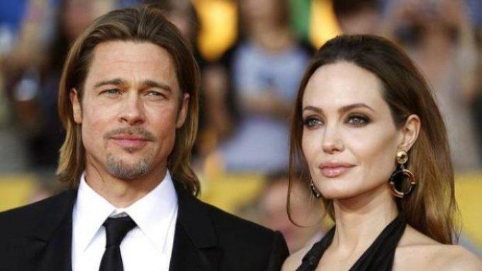Angelina Jolie Ungkap Penyebab Cerai dengan Brad Pitt, Ternyata Ada Orang Ketiga