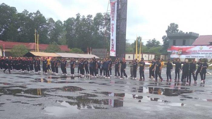Simulasi pengamanan bersama 98 atlet Sultra yang bakal berlaga di Pekan Olahraga Nasional atau PON XX Papua 2021