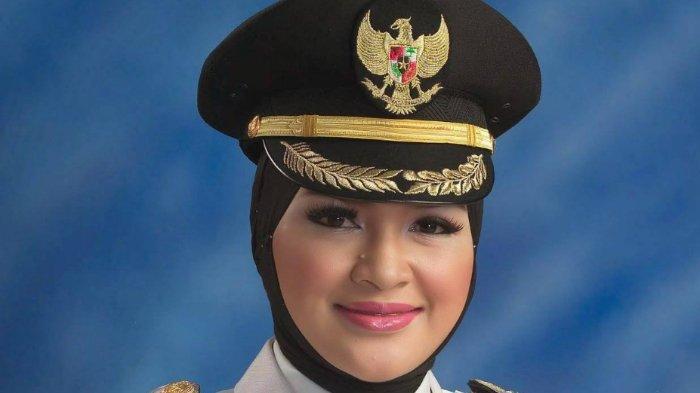 Profil Bupati Probolinggo Puput Tantriana Sari, Istri Anggota DPR RI Hasan Aminuddin